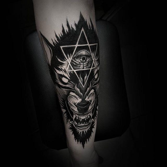 Brand New Blackwork Tattoo From Otheser!