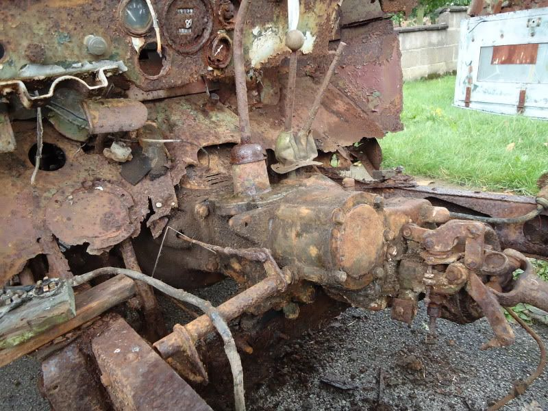 Non Vaux-1942 Willys Jeep WW2 Ground Up Build! Gearbox and
