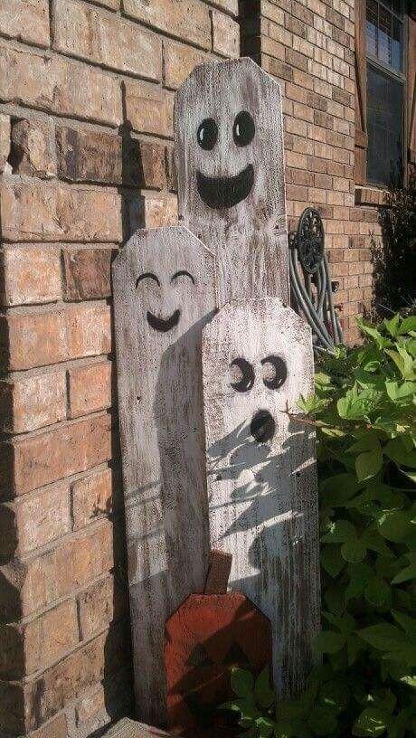 Picket Fence Ghosts Halloween Wood Crafts Diy Halloween