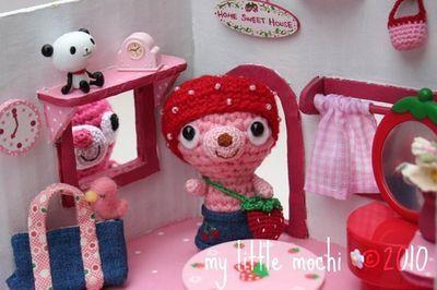 My Little Mochi - Strawberry Bear