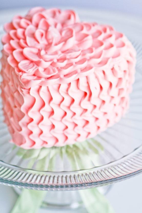 Pretty pretty pretty ruffle heart cake.   Cakes   Pinterest   Cake ...