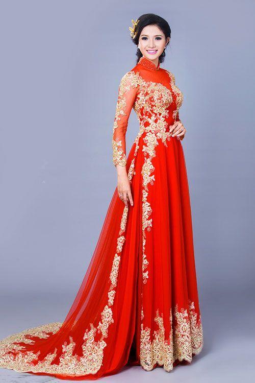 Traditional Vietnamese Wedding Dress