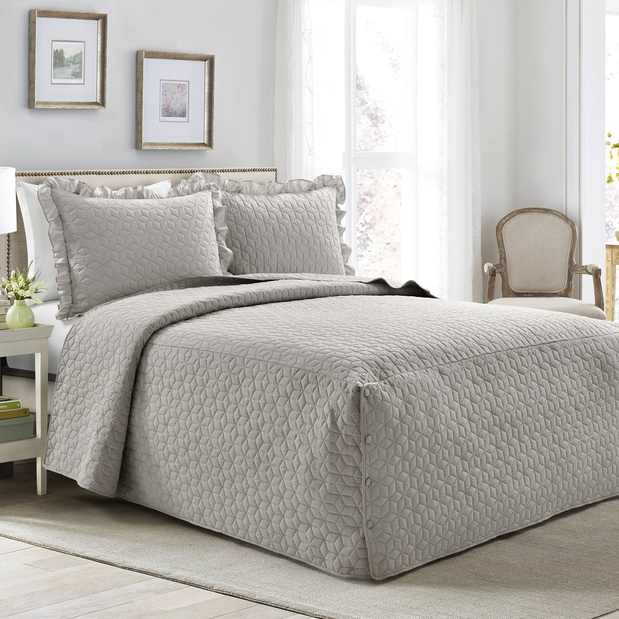 French Country Geo Ruffle Skirt 3 Piece Bedspread Set in