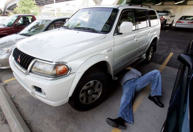 Thieves are breaking into cars to steal a metal more