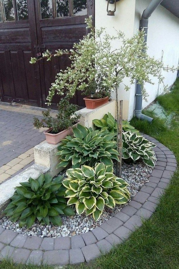 Three Astounding Ideas Of Using Painted Decorative Rocks In 2020 Small Yard Landscaping Small Front Yard Landscaping Rock Garden Landscaping