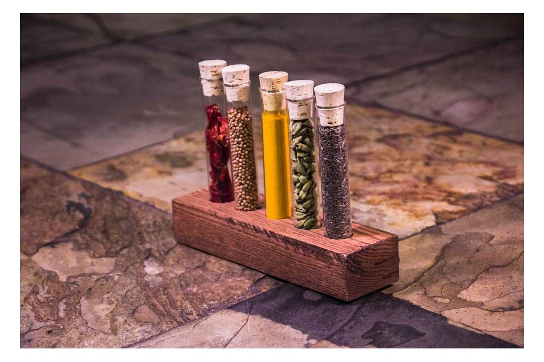 The Kochi:  5 spice kit to create the best Indian Curry flavor.