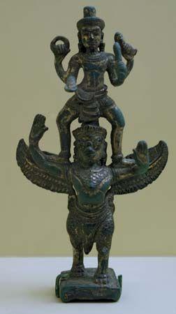 garuda  learn art bronze sculpture angkor