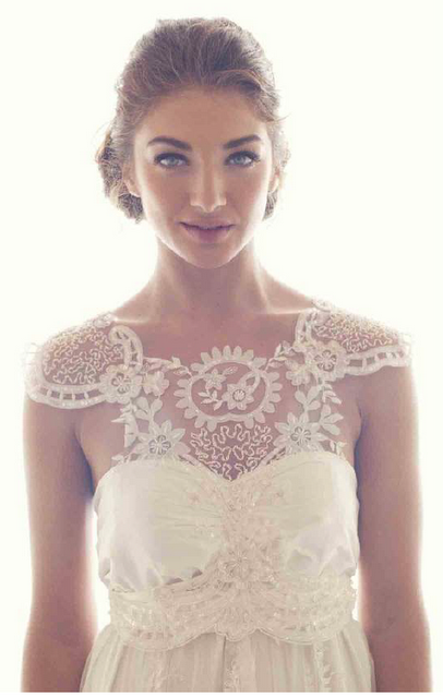 absolutely stunning!  Anna Campbell wedding gown
