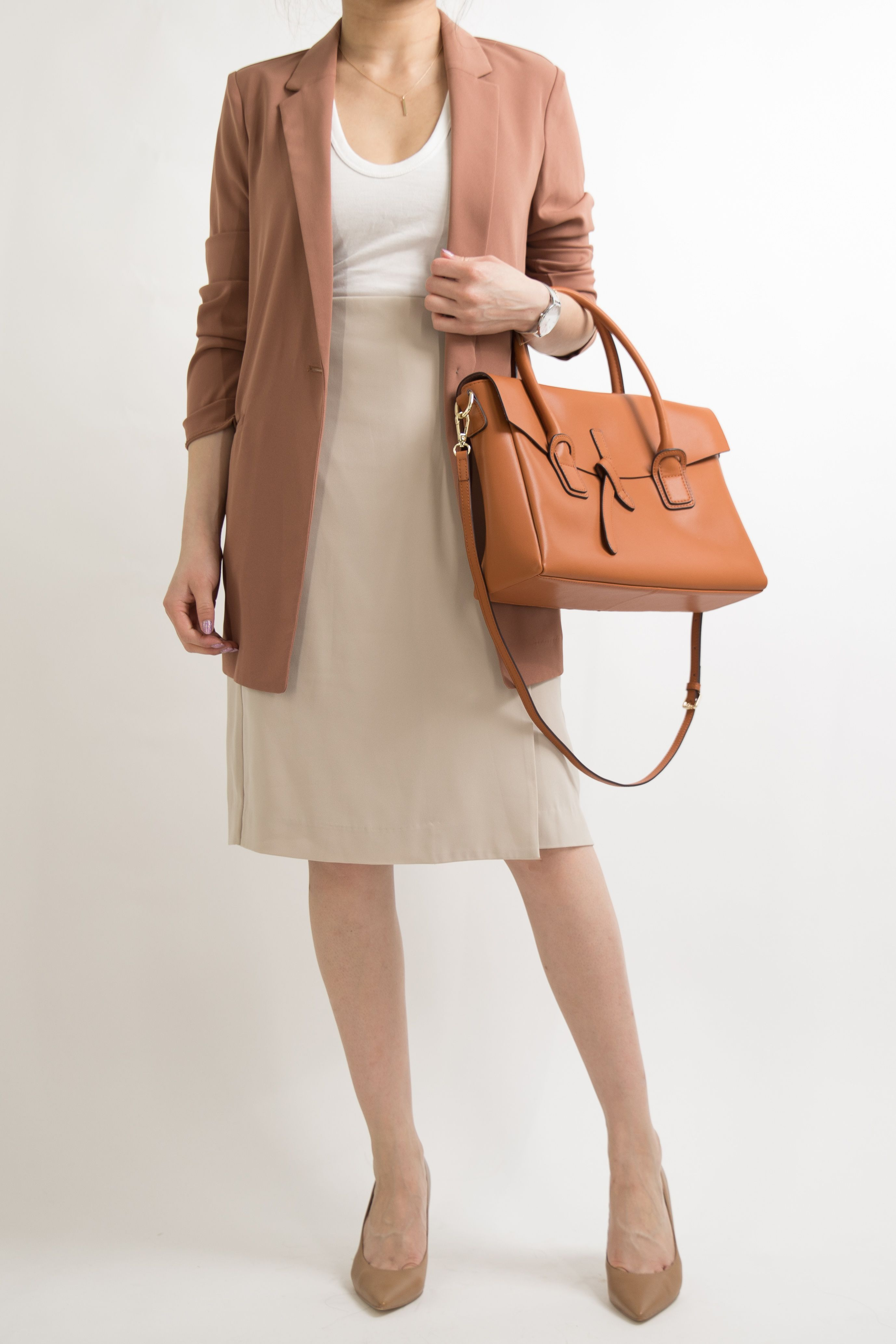bd869266341 business-casual-women-work-office-professional-outfit-ideas-miss-louie-55