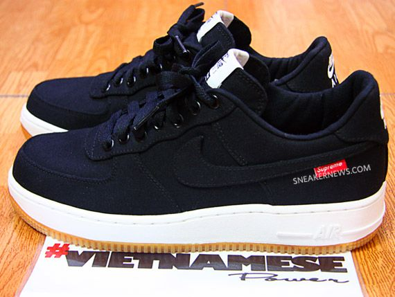 17780df9b7 Just like my old shoes! supreme-nike-air-force-1-low-premium-573488-090-02