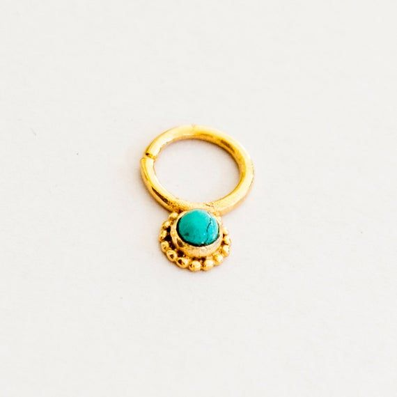 Turquoise Flower Gold Septum Ring - 16G Septum #nosejewelry #nosering #nosepiercing #indianseptumring #tribalseptum #septumring #septumpiercing #septumjewelry #goldseptum #16gseptum #septumclicker #tragusring #indiannosering