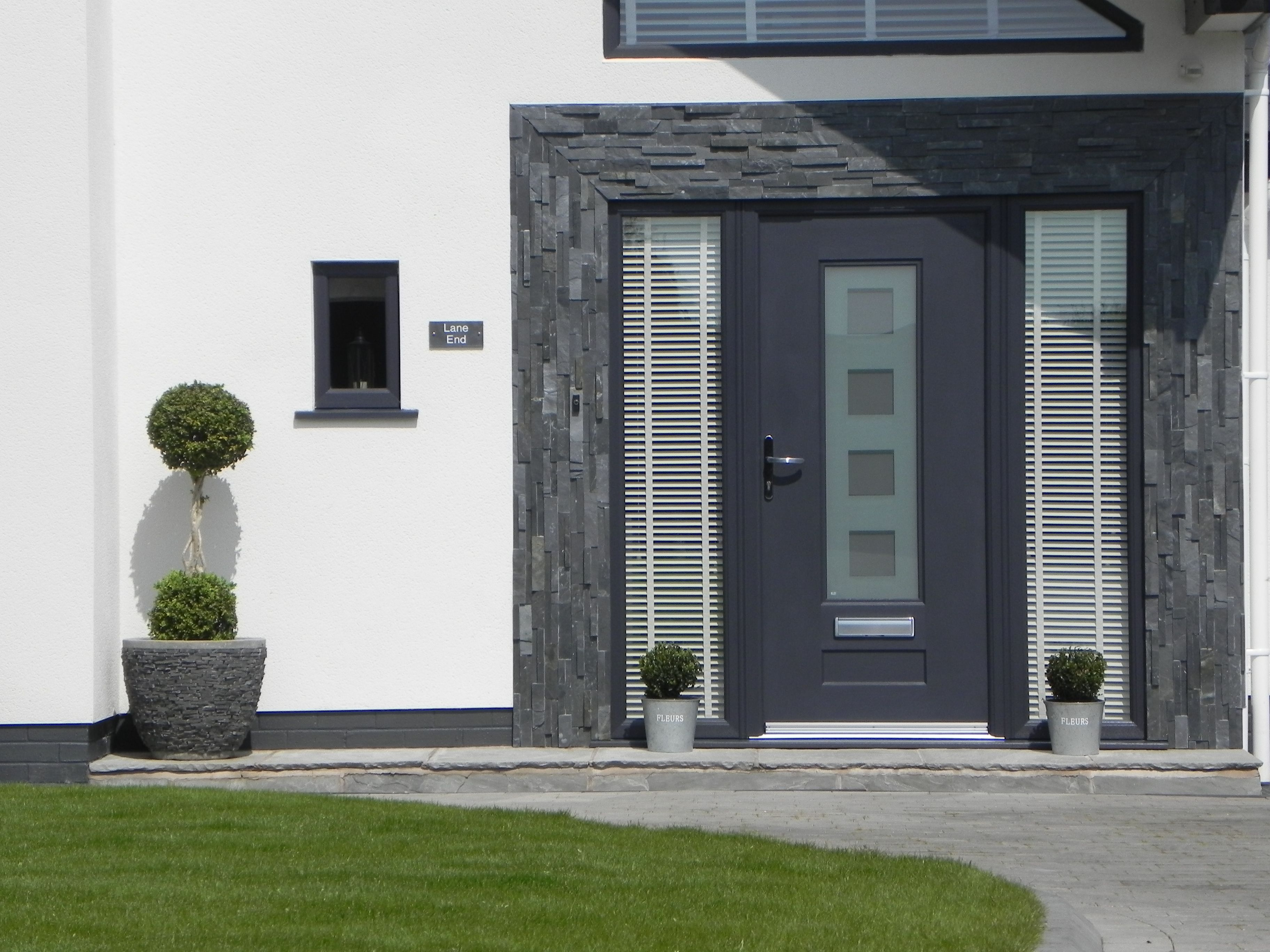 The #Rockdoor #Vogue With The Cube Glass Design Giving A 3D Effect. Truly