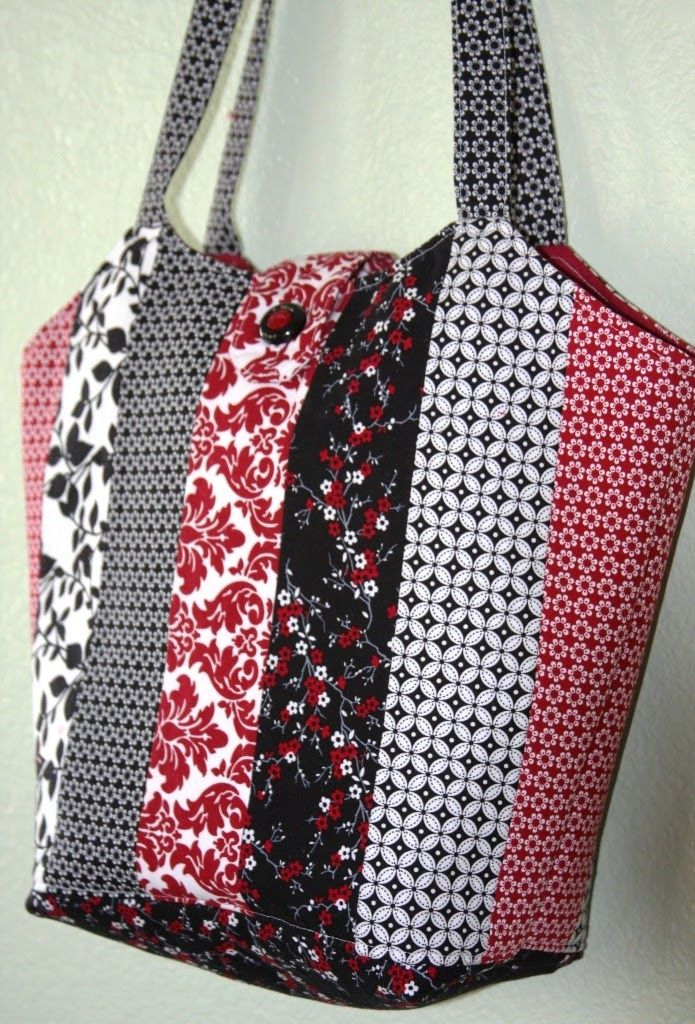 Raspberry Blossoms Home Page : Quilted Tote Bag   Fabric totes to ...