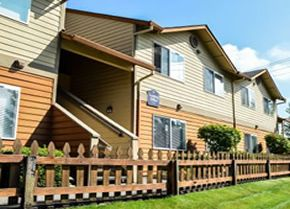 Maple Glen Apartments In Vancouver Wa 2 And 3 Bedroom Apartments For Rent Conveniently Located All Applia Property Property Management Apartments For Rent