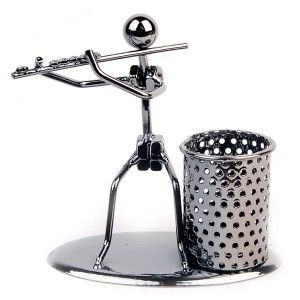 Pen Cup Artistic Metal Figure Pen Cup Original design,handmade. Unique and vivid figures make cold metals alive. Though simple, the figures are alive and fashionable. $8.99Spruce up your desk with vivi