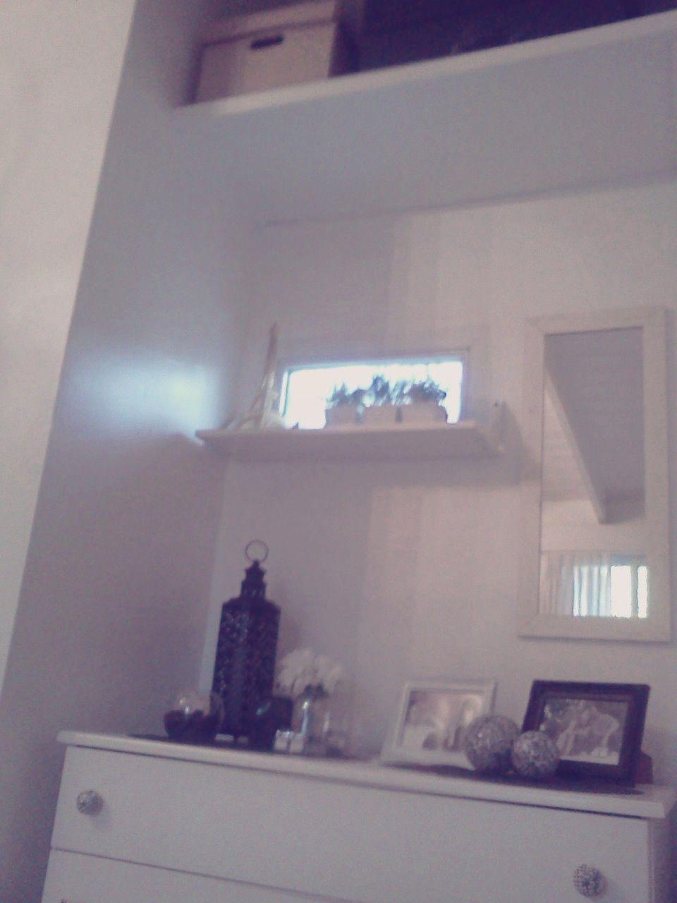 Dormitorio blanco y negro QAB