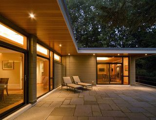 Bungalow extension ideas - love this roof overhang, perfect for ...