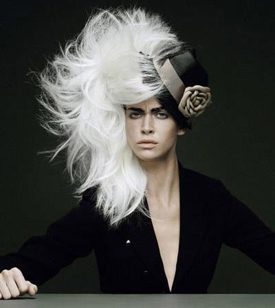 Master of Hair Art | Kollektionen International | Menschen im Salon