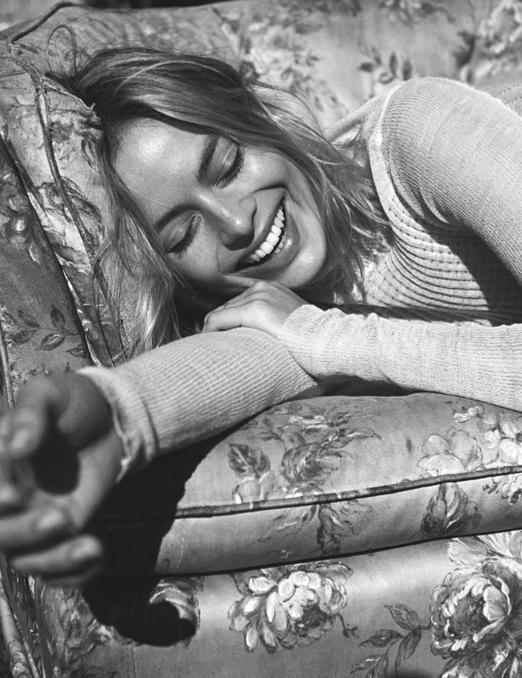 VOGUE AUSTRALIA: Margot Robbie by Lachlan Bailey - Image