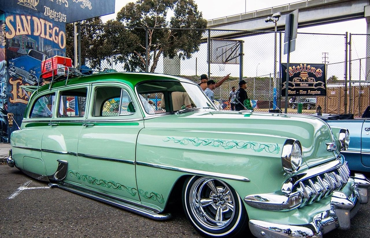 1954 Chevy Beautiful Long Roofs Station Wagon Cars