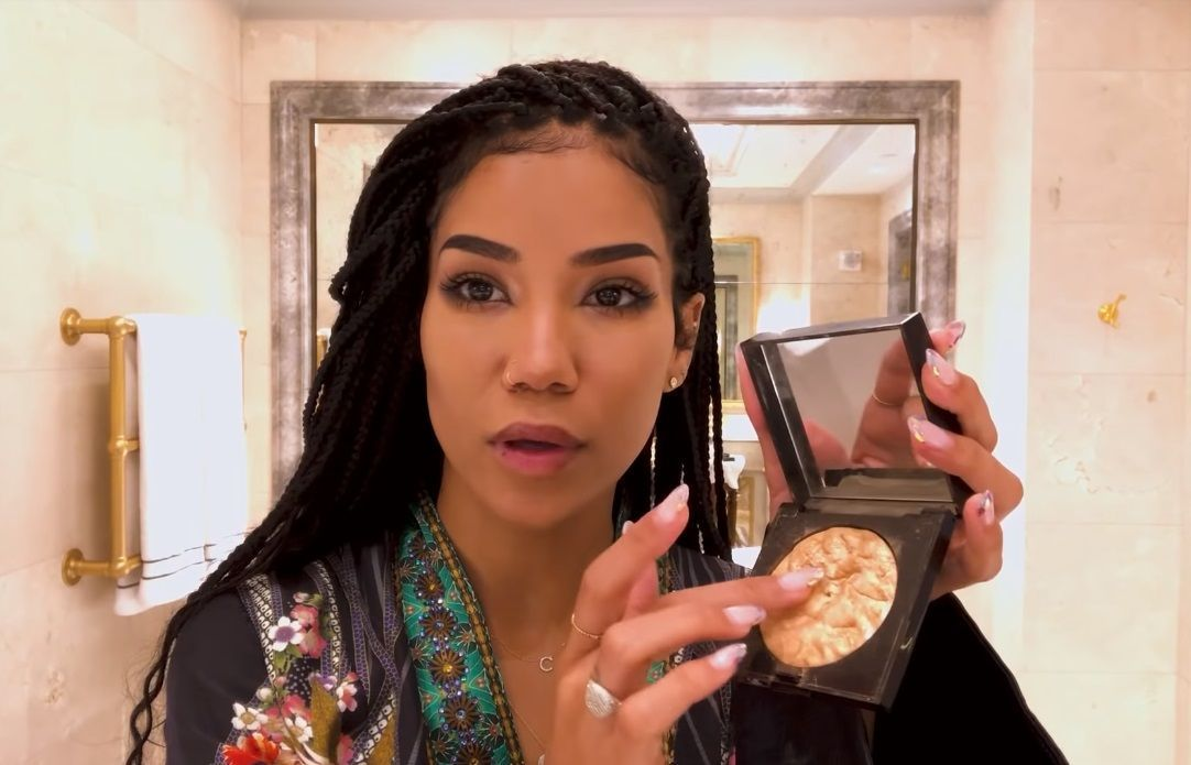 Jhené Aiko Provides A Thoroughly Soothing Makeup Tutorial #jheneaiko The lovely Jhené Aiko provides a makeup tutorial for a daytime, everyday look. That said when she's hanging out with people she knows well (including her boyfriend), Aiko says she doesn't wear any makeup at all. #jheneaiko Jhené Aiko Provides A Thoroughly Soothing Makeup Tutorial #jheneaiko The lovely Jhené Aiko provides a makeup tutorial for a daytime, everyday look. That said when she's hanging out with people she knows w #jheneaiko