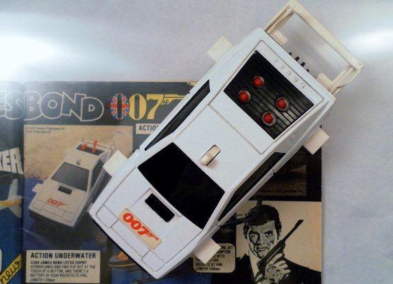 Vintage 1977 Corgi Toys James Bond 007 Missile Firing Lotus Esprit Diecast Car No. 269