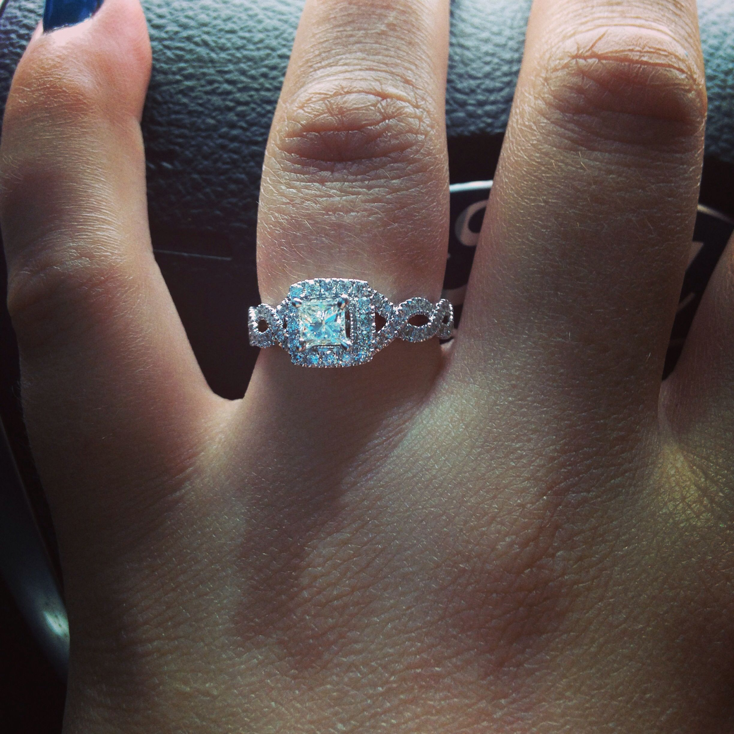 beautiful neil lane engagement ring i m getting married in the