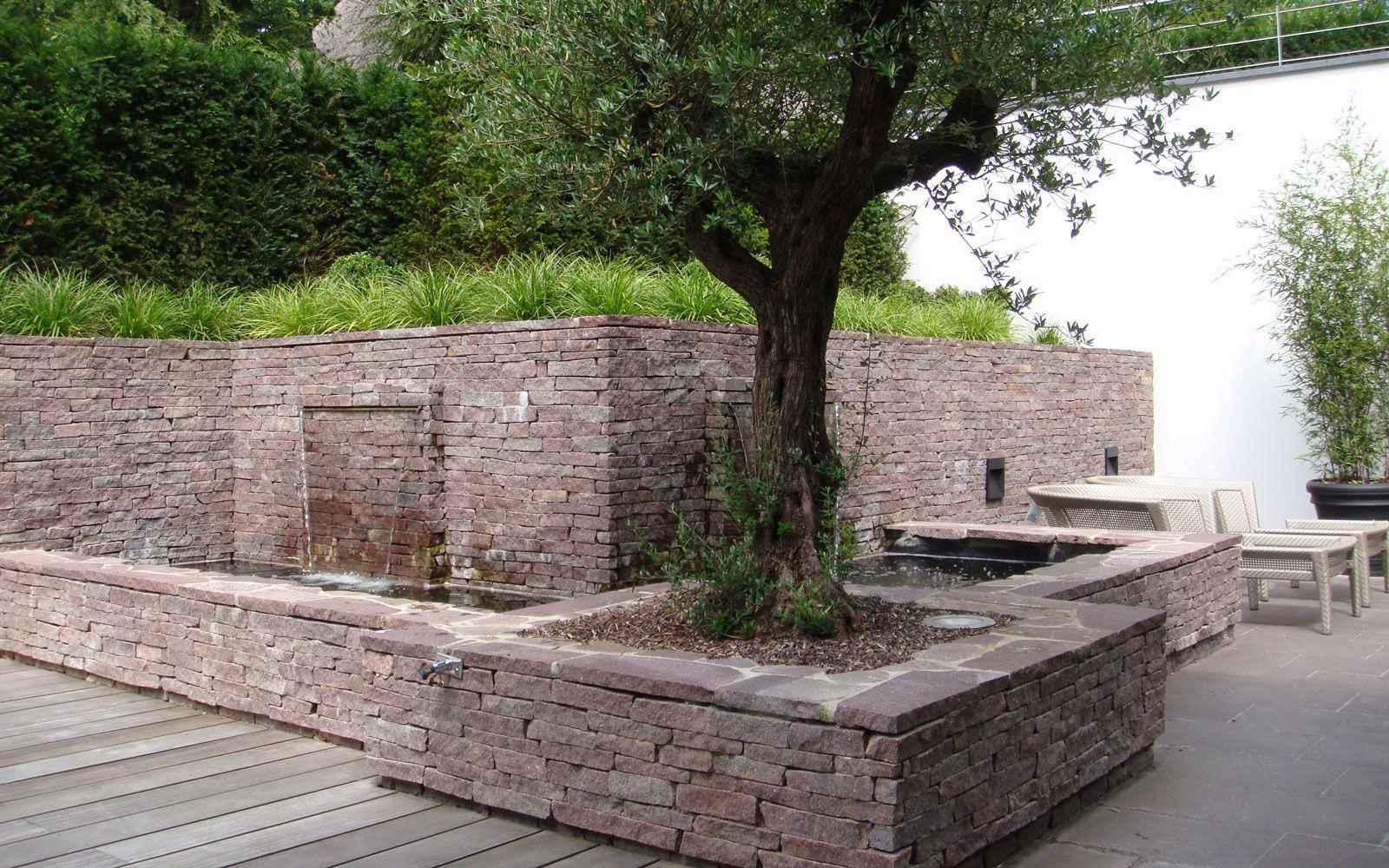 Stenen Muur Tuin : Riante villa architectuur rieten en stenen