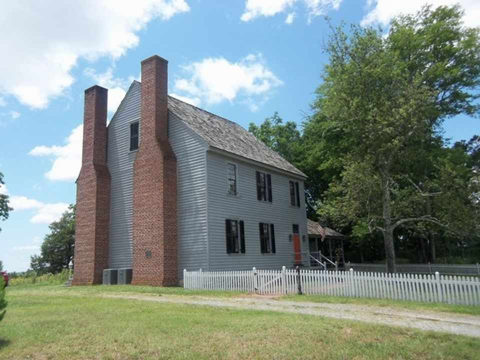 Carters Tavern Is Restored To It S Old Glory The House Is