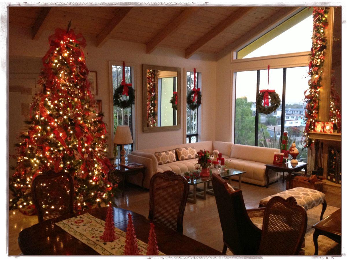 Decoraci n navide a la sala de la casa rbol de for Decoraciones para la sala de mi casa