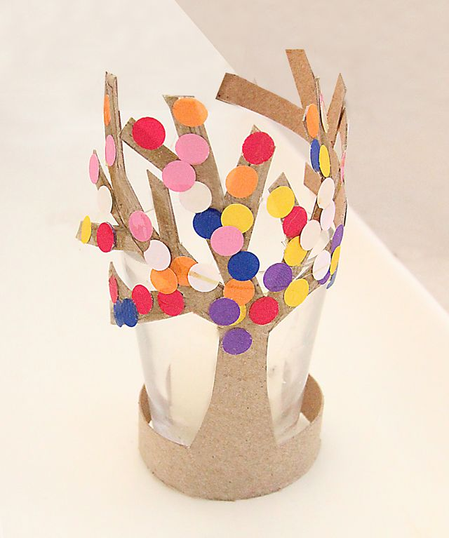 Featured 5 Spring Projects: Spring Craft: TP Tube Trees In Bloom. Also Use The 'family