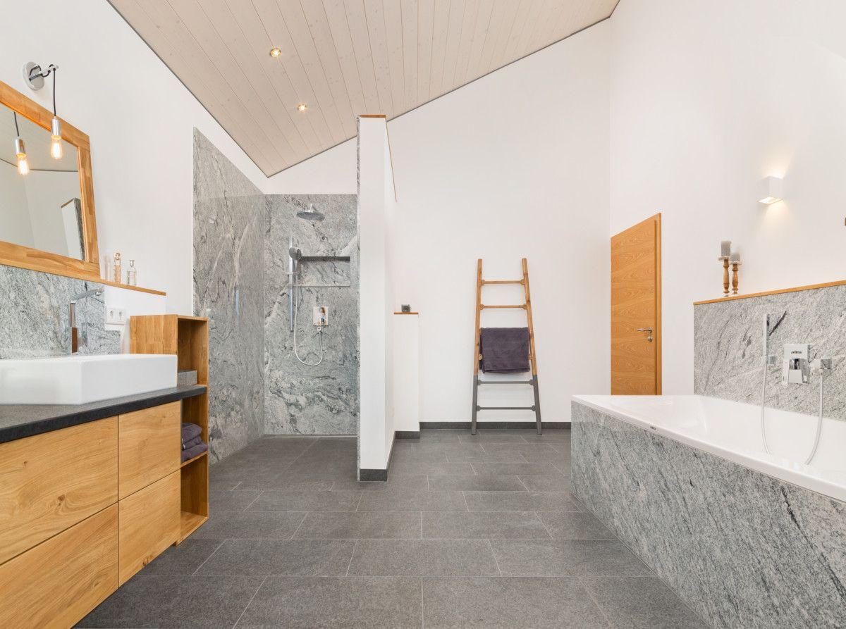 Badezimmer Ideen Mit Naturstein Fliesen   Inneneinrichtung Haus Bongart Von  Baufritz Fertighaus   HausbauDirekt.de