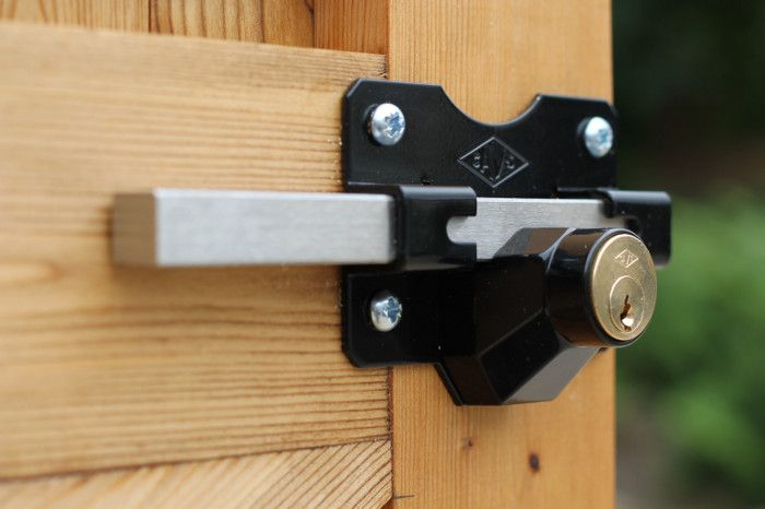 Long Throw Stainless Steel Exterior Gate Lock With A Key On One