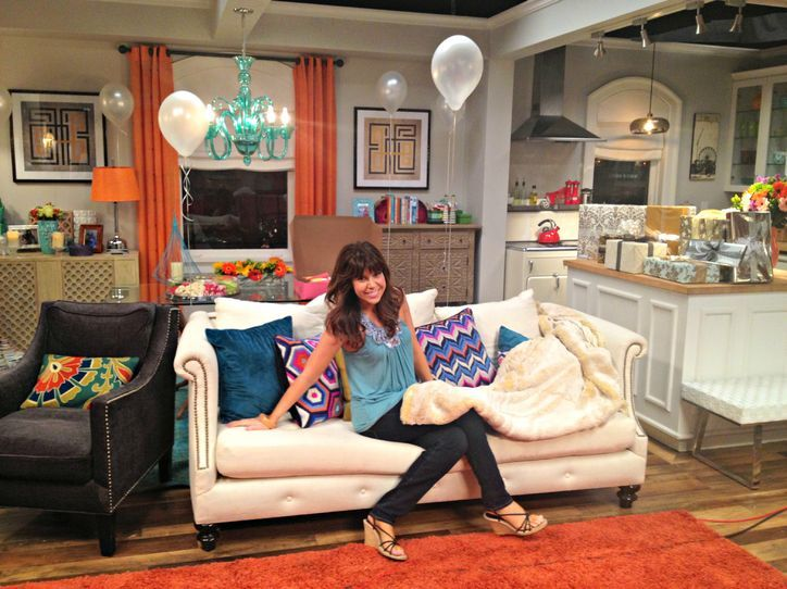 Apartment Decorating Projects photos: behind-the-scenes of the mindy project! | bare bone