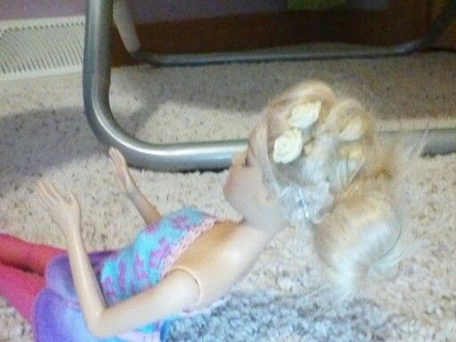 Cute barbie hairstyle