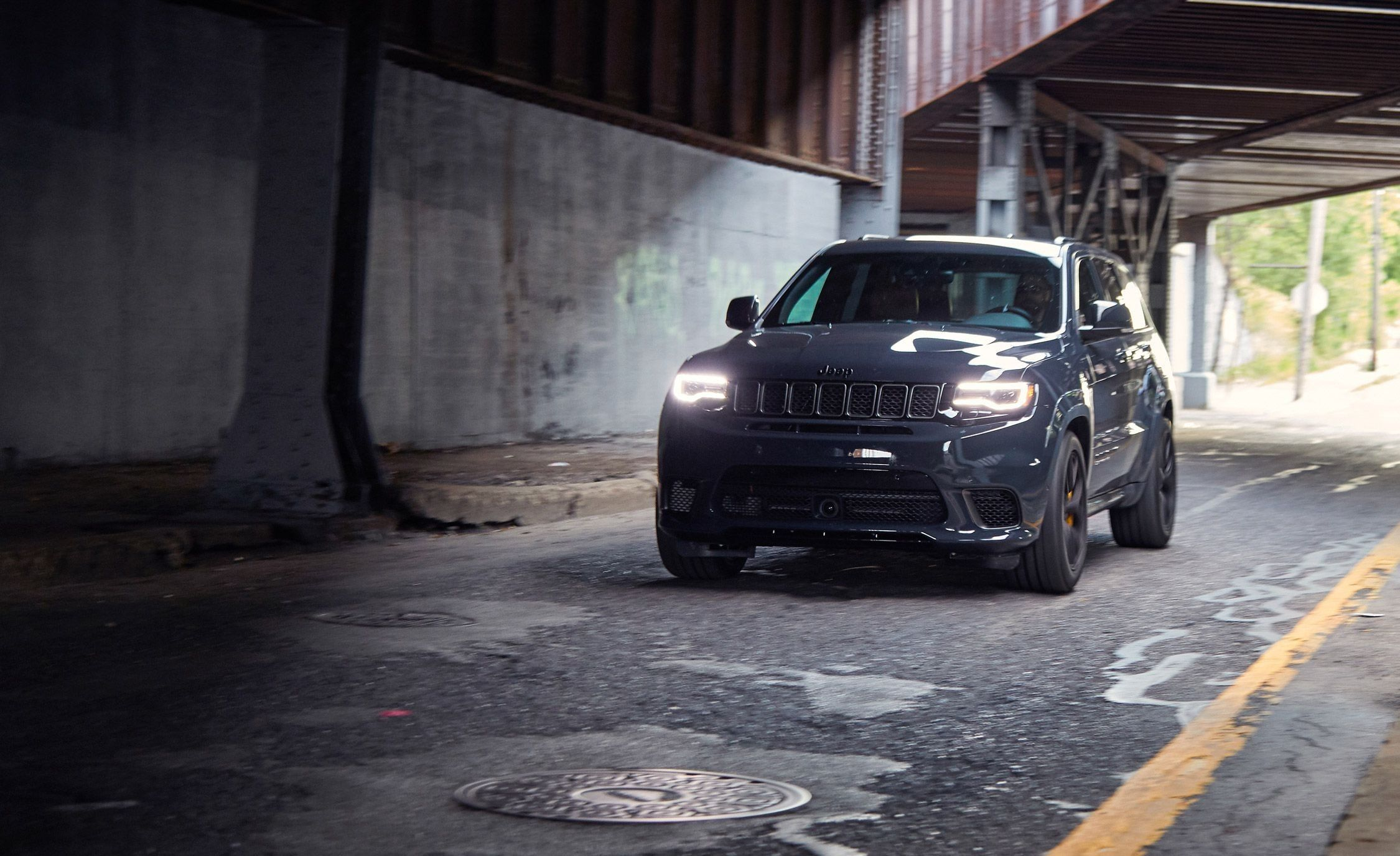2018 Jeep Grand Cherokee Trackhawk Interior Exterior And Review
