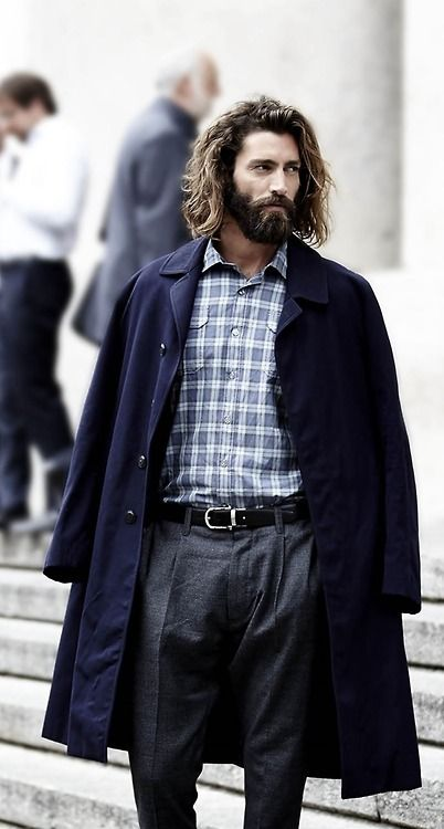 Dreamy--long hair and beard with a great sense of style. I die!