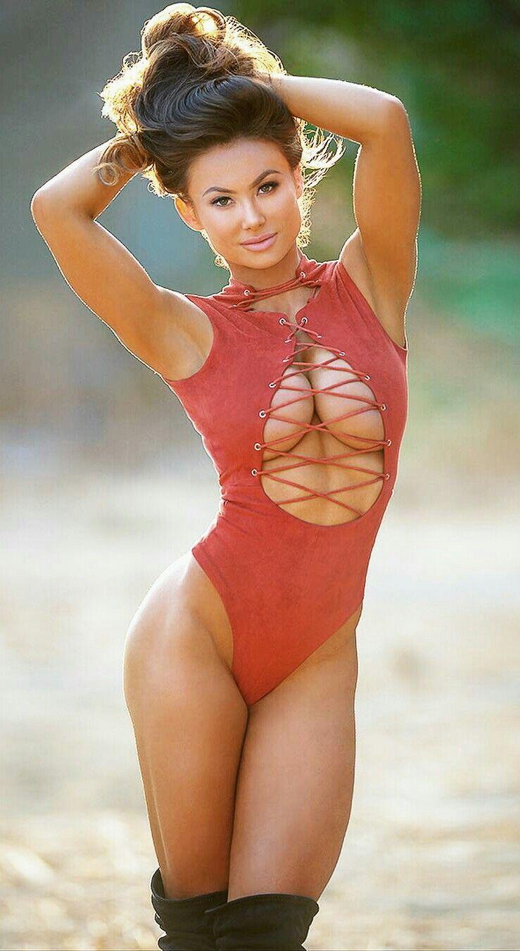 Julianne hough ass Porn clips New james bond director to make,Kathleen Turner Bodyheat - US