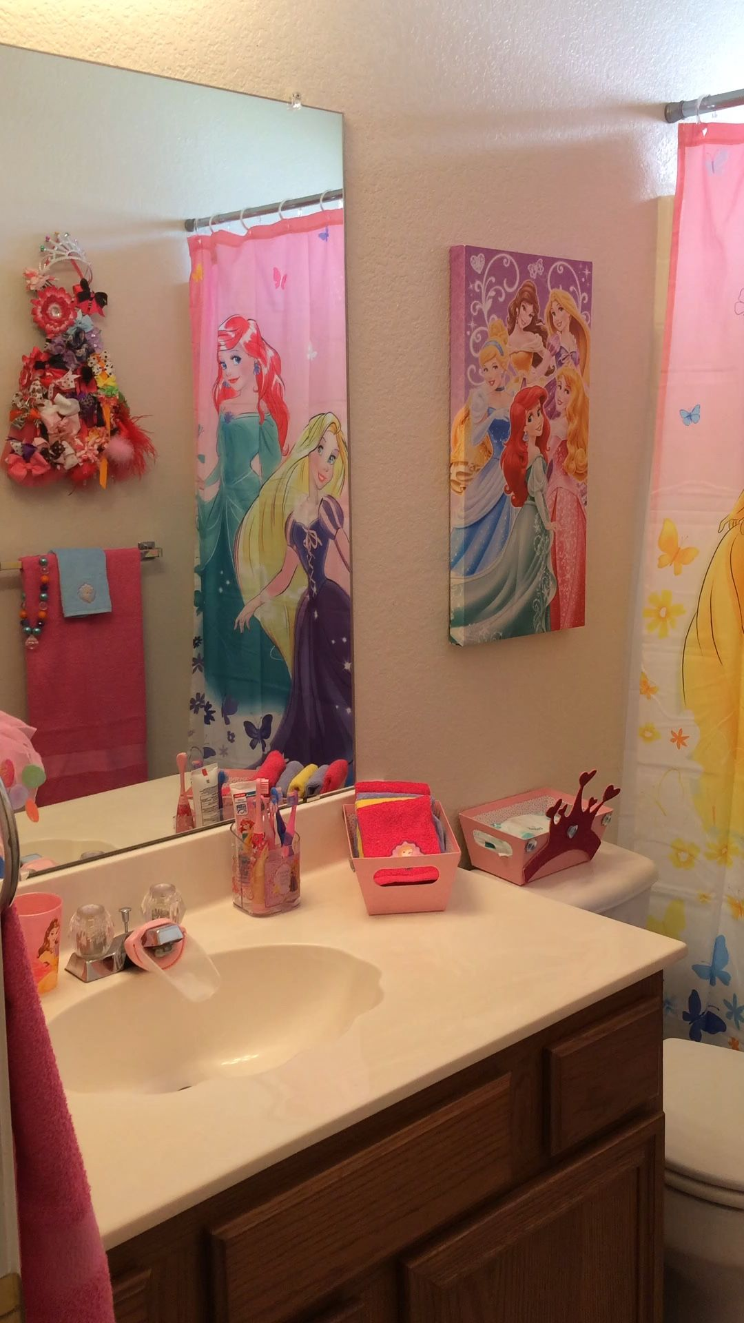 Pin By Lucy Ceraldi On Princess Bathroom Girl Bathroom Decor