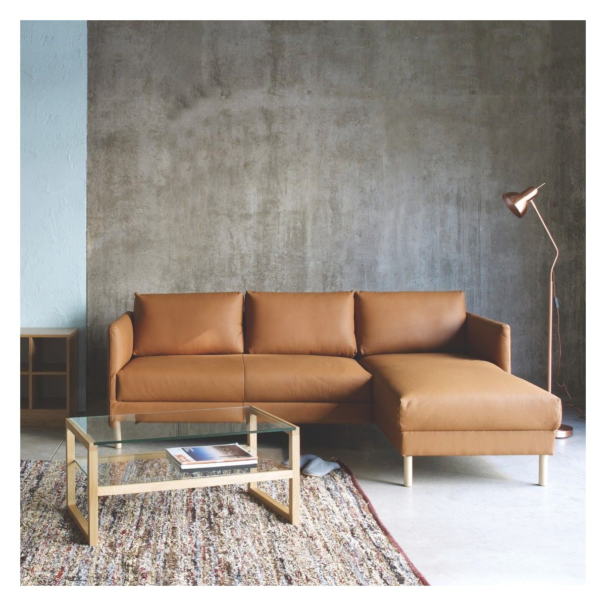 Hyde Natural Fabric Right Arm Chaise Sofa Wooden Legs