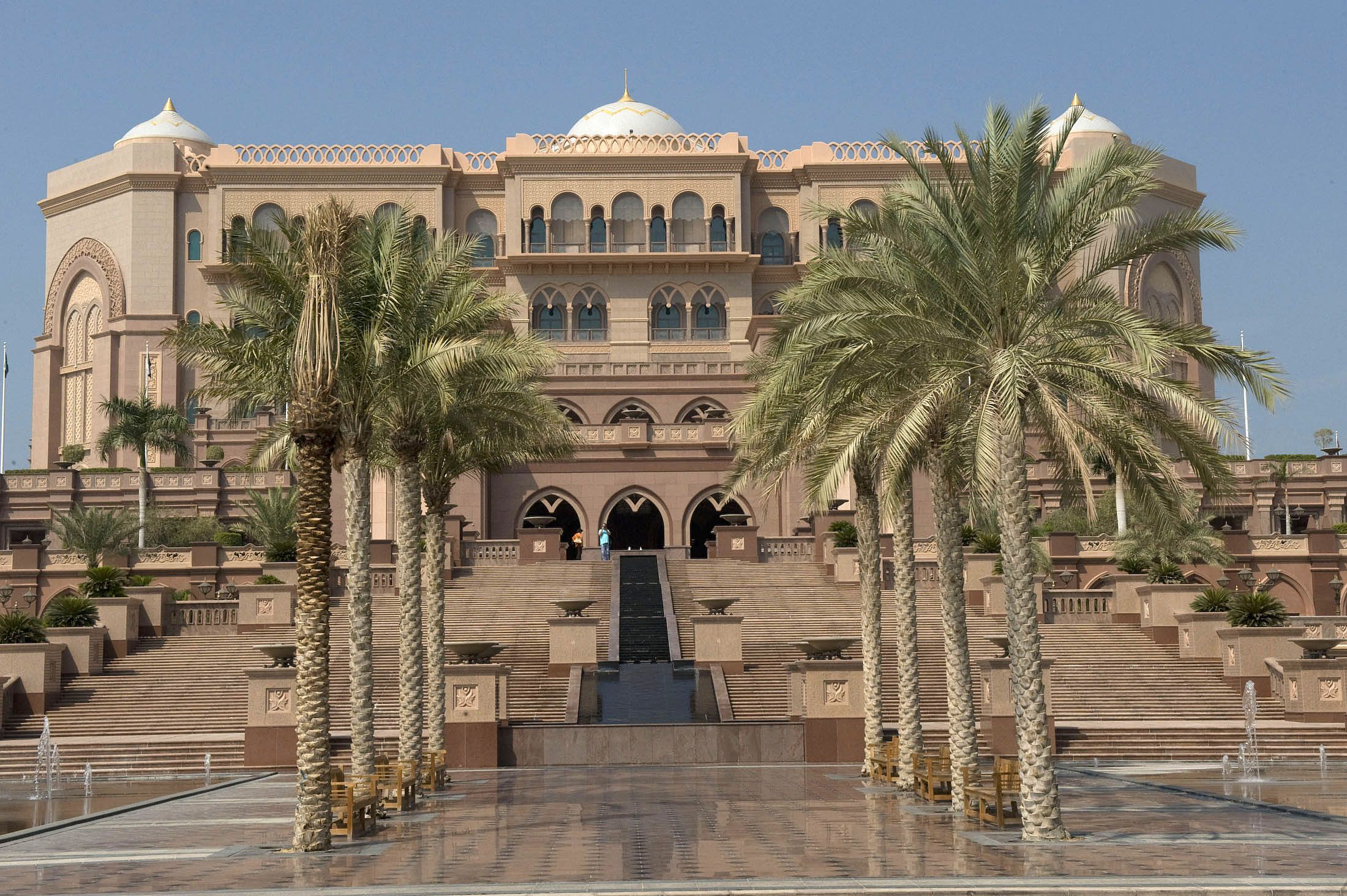 Emirates Palace of Abu Dhabi is the definition of an ...