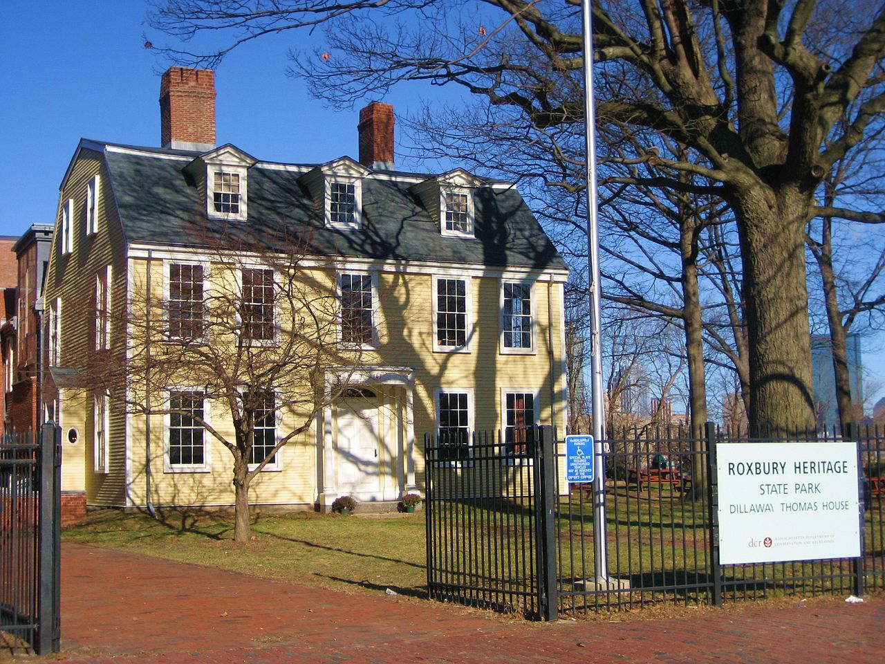 Awesome Boston Roxbury Heritage Is Home To The Dillaway Thomas Home Interior And Landscaping Ologienasavecom