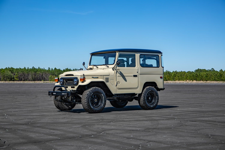 For Sale Restored 1975 Toyota Fj Velocity Restorations In 2020 Classic Cars Trucks Toyota American Racing