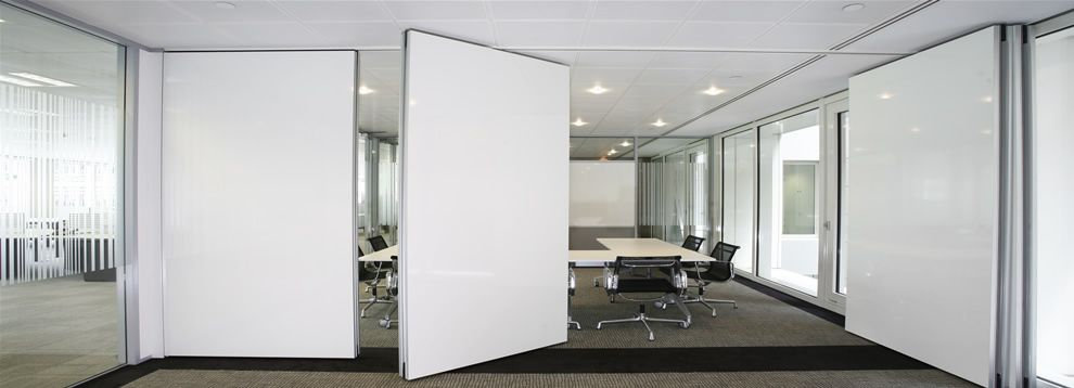 Downloads page for aeg partitions manufacturers of for Acoustic folding partitions
