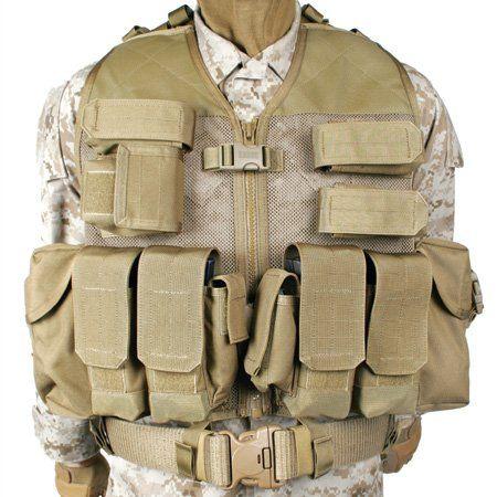 bulletproof vest cutti... Adrien Brody Predators Knife