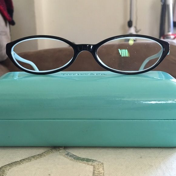 8c6182c042a4 Authentic Tiffany   Co. Eyeglass Frames These frames are amazing! They are  used but look new. I take good care of my glasses. You do need to put your  own ...