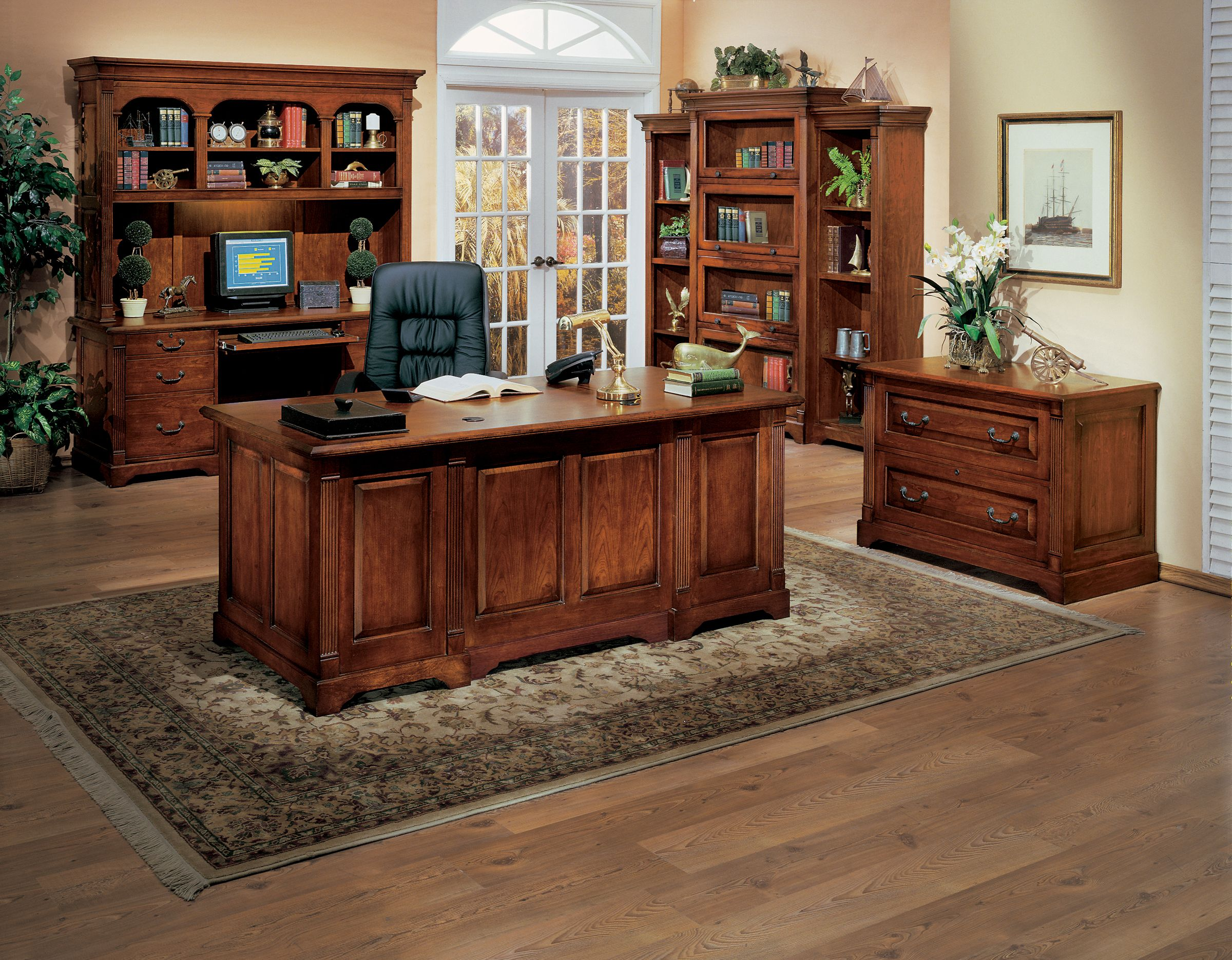 Office Layout Transitions Going From Traditional To Modern Office Home Office Furniture Sets Modular Home Office Furniture Traditional Home Office Furniture