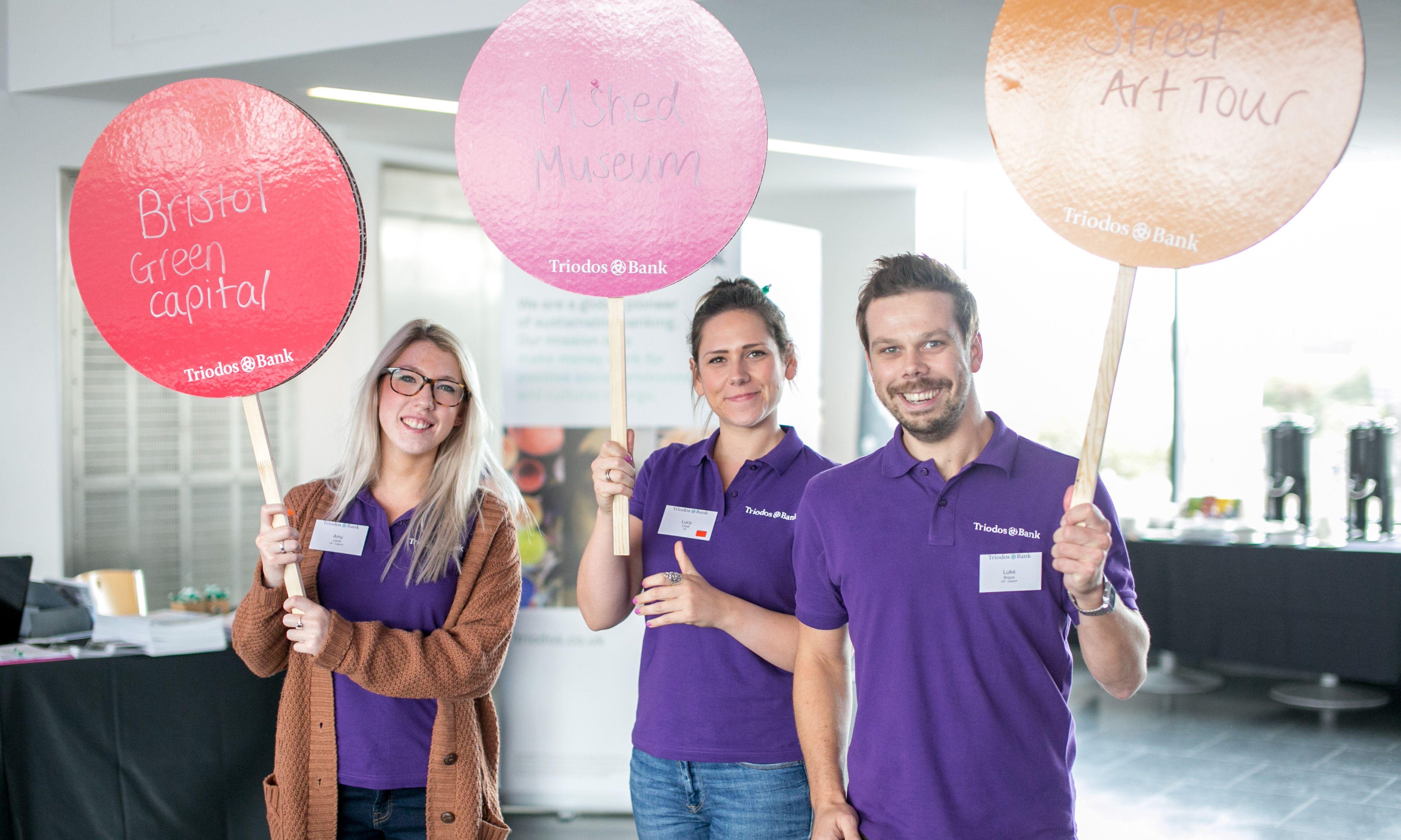 Empleados de Triodos Bank Reino Unido guiaron a los compañeros de las diferentes sucursales del banco en talleres diversos para explorar en persona proyectos sociales, culturales y medioambientales de clientes de la entidad.