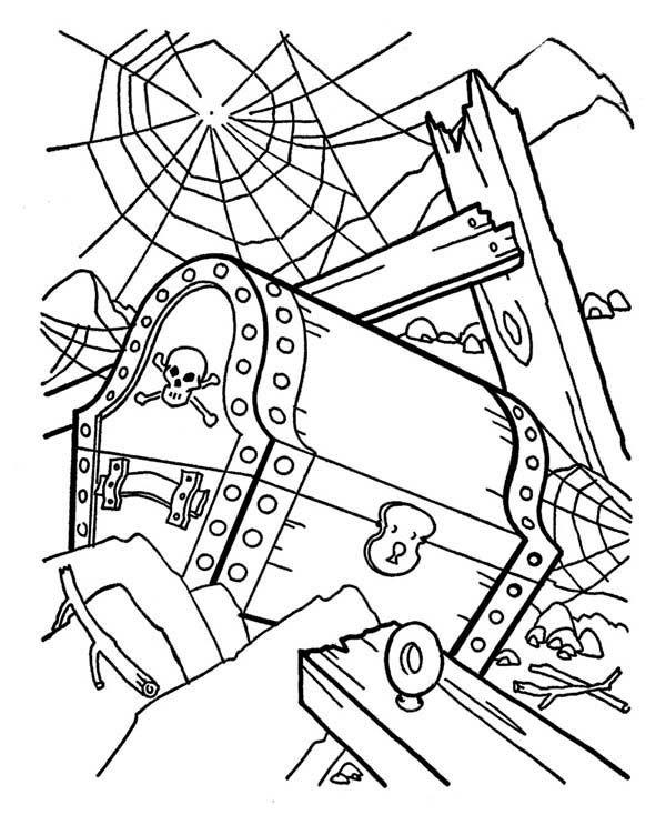 Treasure Chest A Pirate Treasure Chest In A Shipwreck Coloring