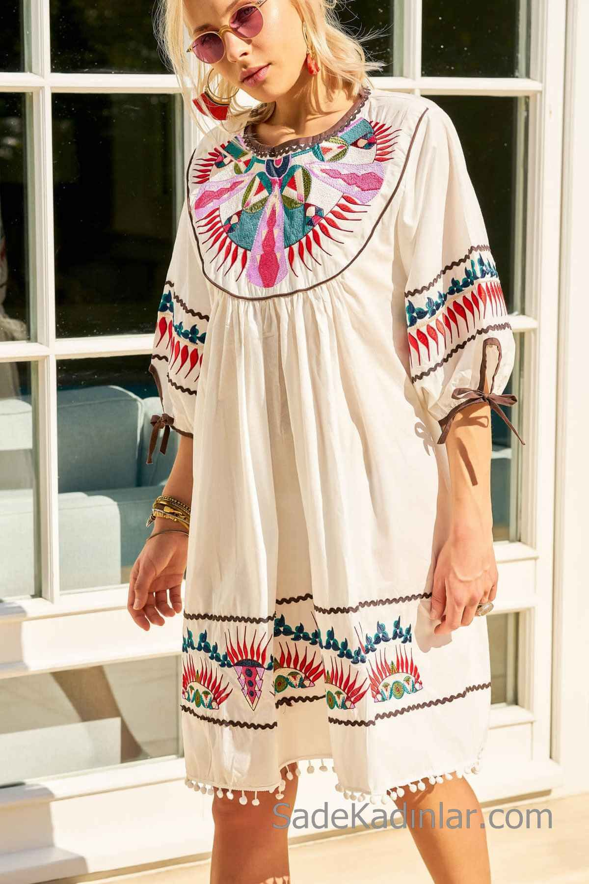 Bohem Elbise Modelleri Beyaz Kisa Genis Yaka Kisa Kol Nakis Islemeli Bohem Elbise Elbise Modelleri The Dress